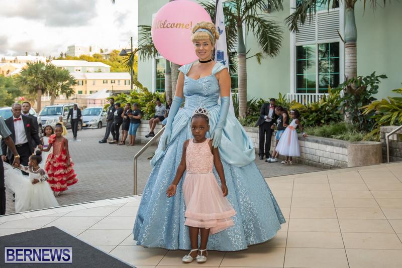 14-Tiaras-Bowties-daddy-Daughter-Dance-Bermuda-2017-51