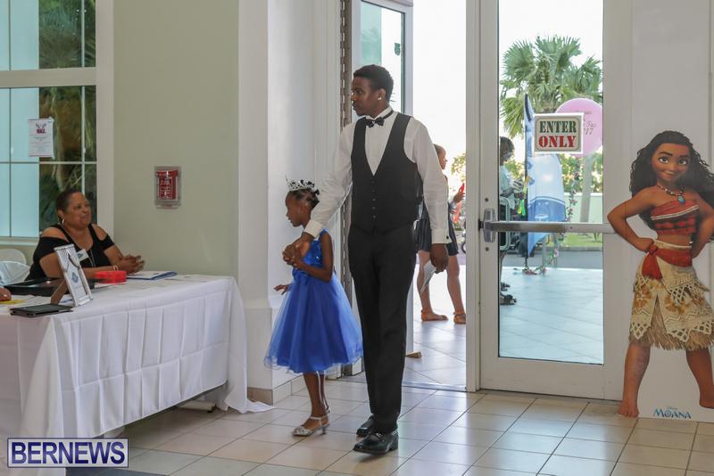27-Tiaras-Bowties-daddy-Daughter-Dance-Bermuda-2017-10