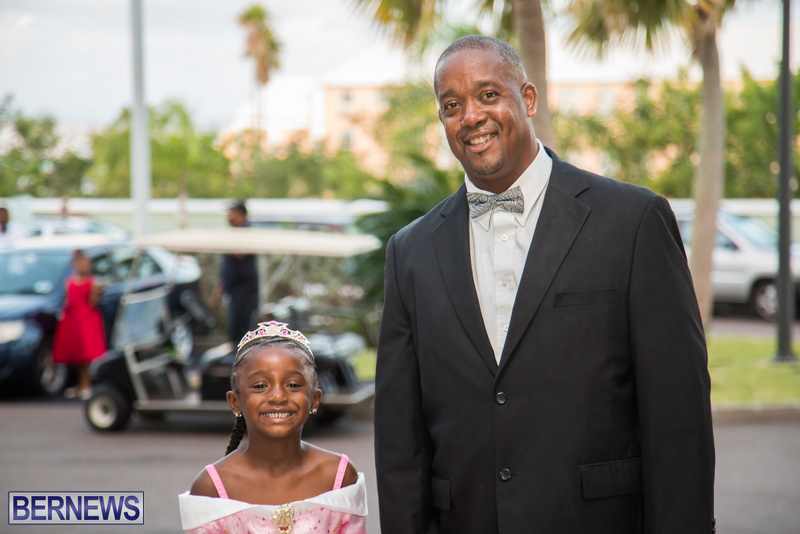 41-Tiaras-Bowties-daddy-Daughter-Dance-Bermuda-2017-84