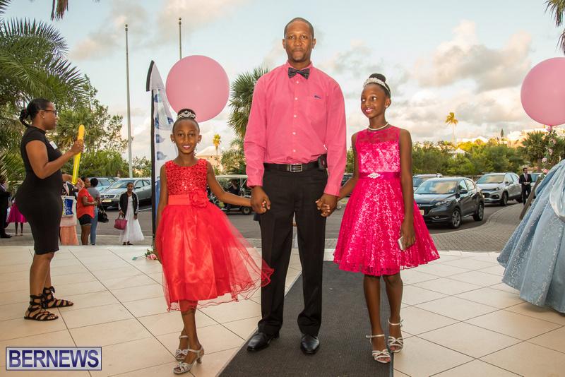 46-Tiaras-Bowties-daddy-Daughter-Dance-Bermuda-2017-56