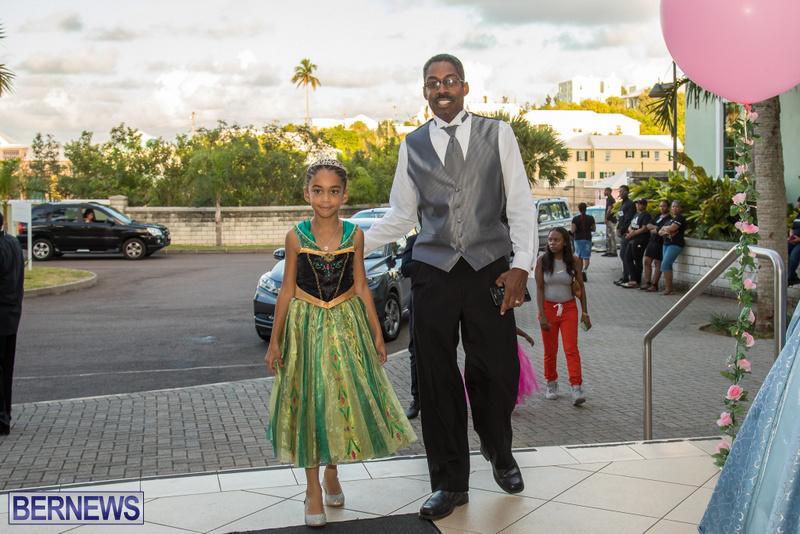 68-Tiaras-Bowties-daddy-Daughter-Dance-Bermuda-2017-36