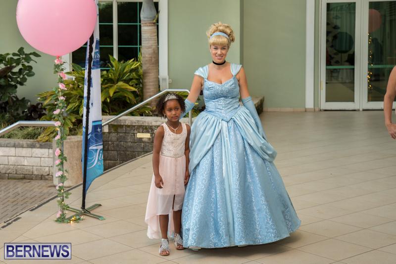 77-Tiaras-Bowties-daddy-Daughter-Dance-Bermuda-2017-65