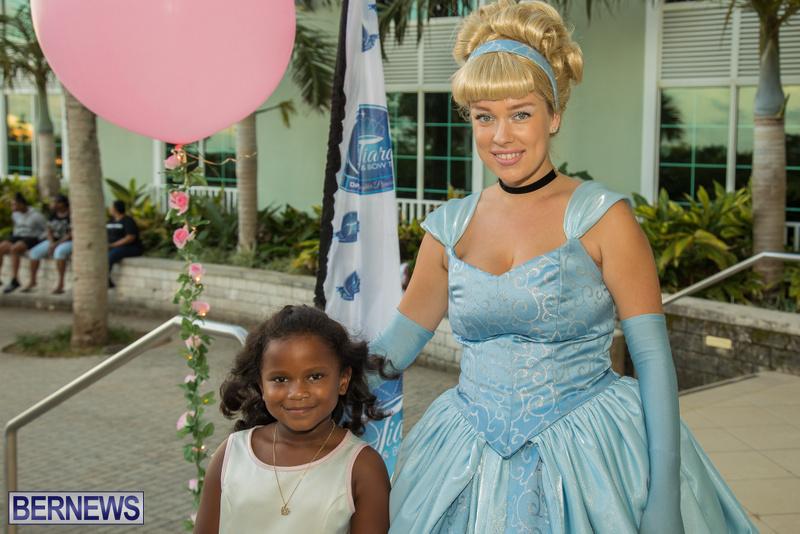 82-Tiaras-Bowties-daddy-Daughter-Dance-Bermuda-2017-46