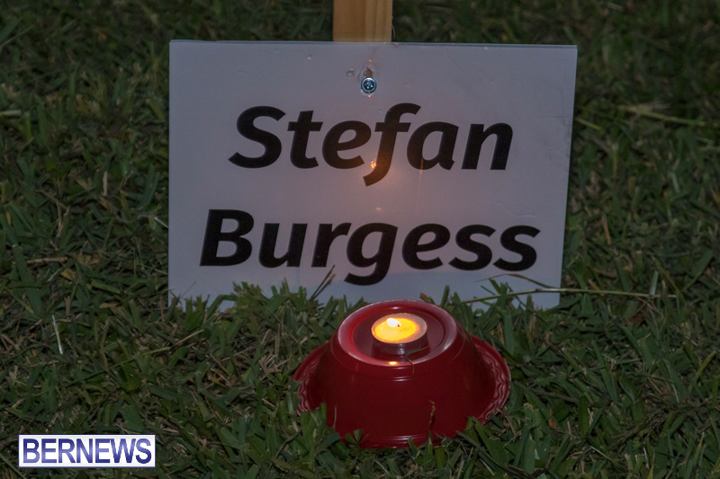 Candlelight-Vigil-Warren-Simmons-Field-Bermuda-Oct-2018-23