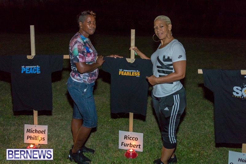 Candlelight-Vigil-Warren-Simmons-Field-Bermuda-Oct-2018-32