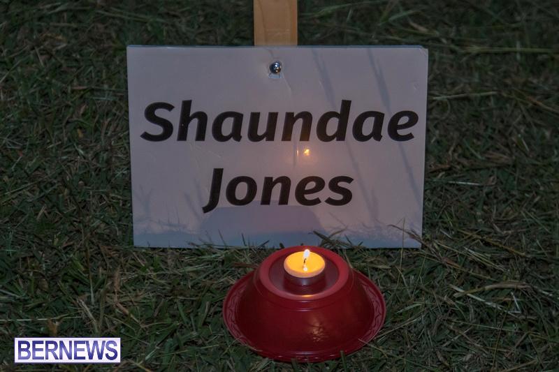 Candlelight-Vigil-Warren-Simmons-Field-Bermuda-Oct-2018-39