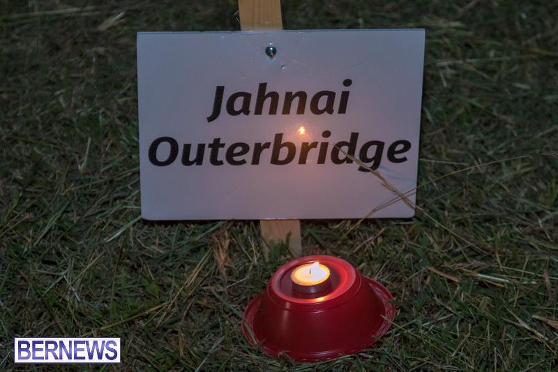Candlelight-Vigil-Warren-Simmons-Field-Bermuda-Oct-2018-40