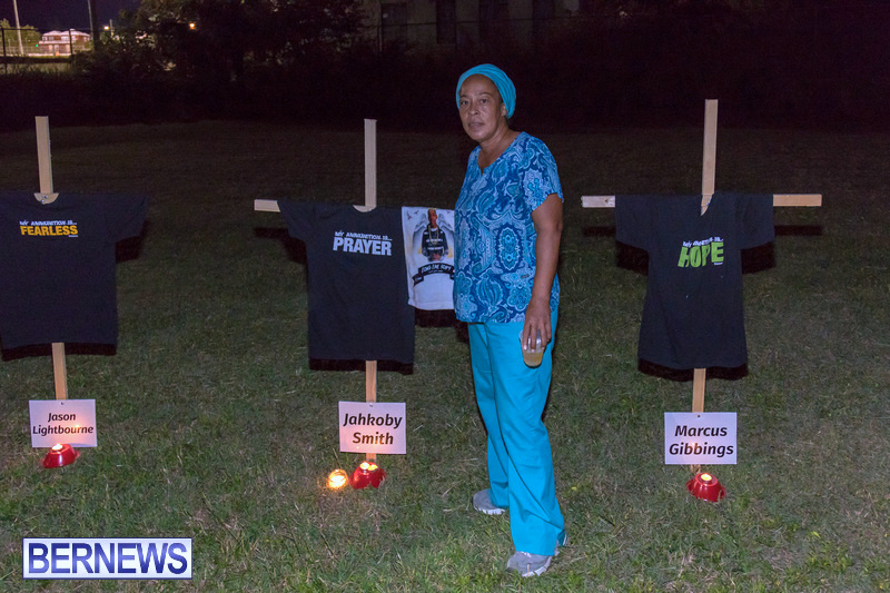Candlelight-Vigil-Warren-Simmons-Field-Bermuda-Oct-2018-65