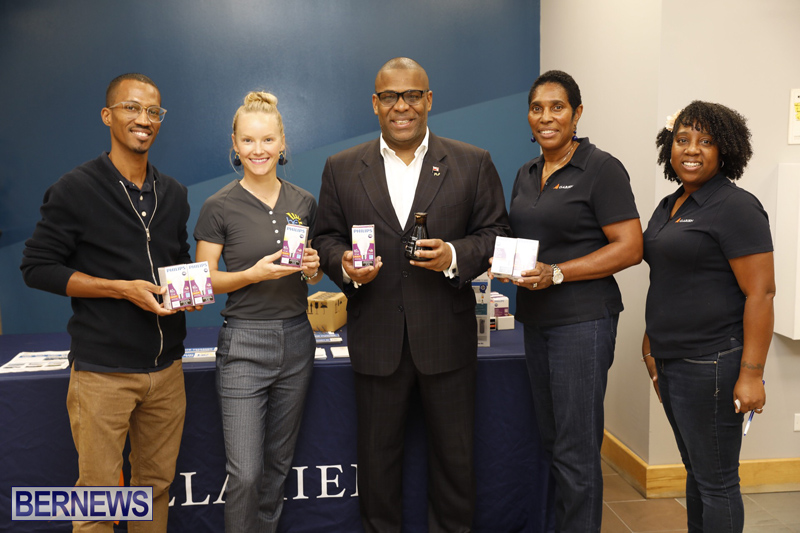 Clarien Bank Community LED Bulb Exchange Bermuda Oct 2018 (2)