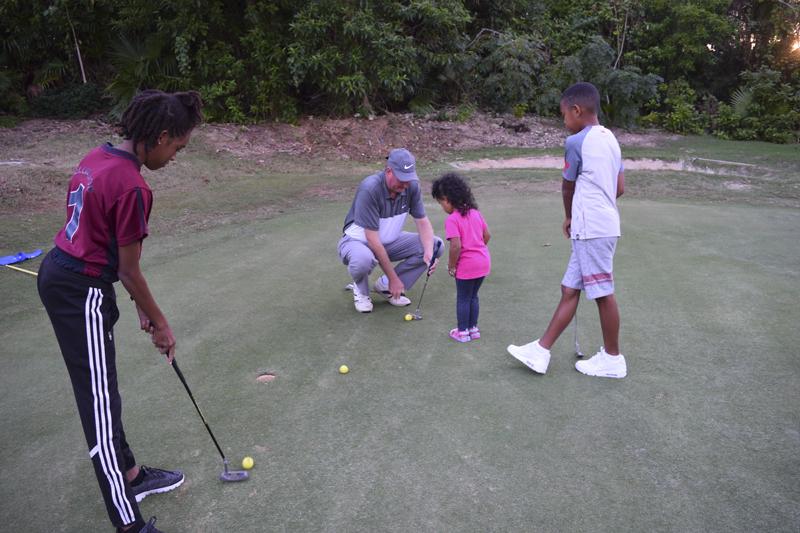 Family Centre Golf Day Bermuda Oct 18 2018 (8)