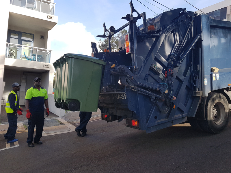 Garbage Collection Bermuda October 2018 (2)