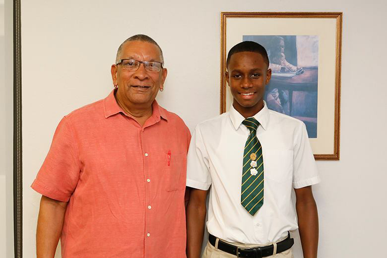 Minister David Burch & Dimitrius Richardson Bermuda Oct 2018 (3)