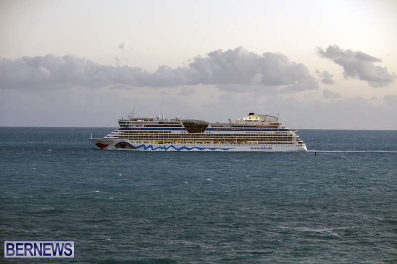 cruise ships arriving Bermuda Oct 31 2018 (14)