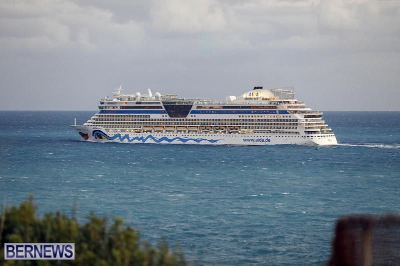 cruise ships arriving Bermuda Oct 31 2018 (16)