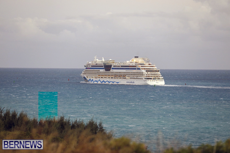 cruise ships arriving Bermuda Oct 31 2018 (18)