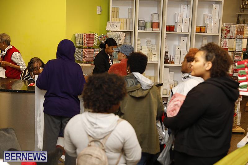 Black-Friday-Sales-Bermuda-Nov-23-2018-45