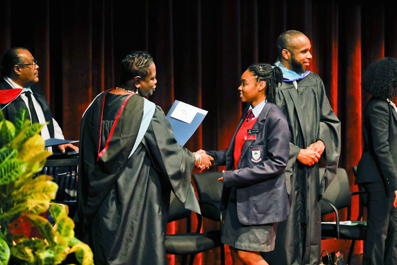 CedarBridge Academy Annual Prizegiving Ceremony Bermuda Nov 30 2018 (4)