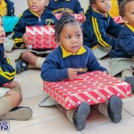 Children Greet Santa At Airport Bermuda, November 23 2018-8449