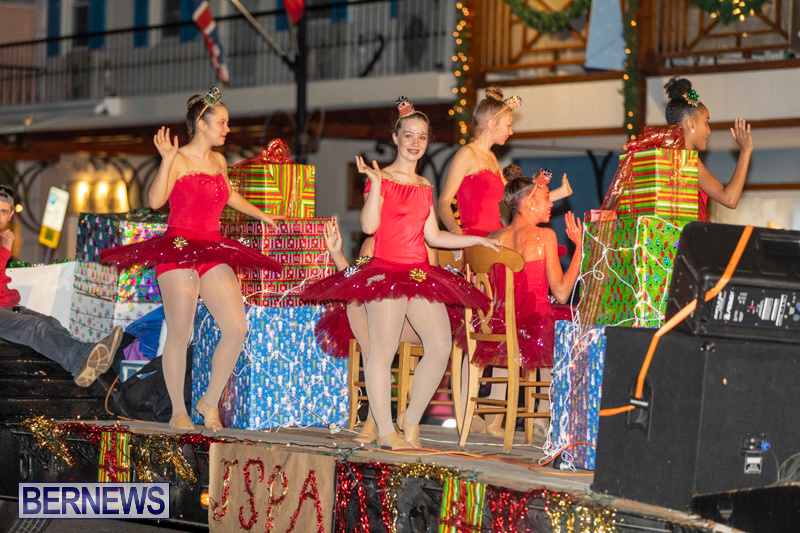 Christmas-Parade-In-Hamilton-Bermuda-November-25-2018-1134