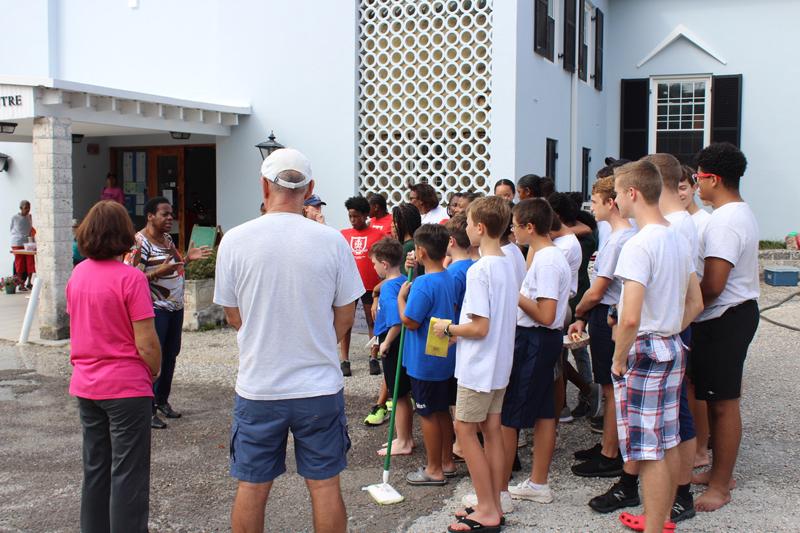 Church Girls & Boys Brigades Car Wash Bermuda Nov 2018 (1)