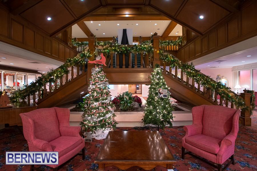 Fairmont Southampton Christmas tree Bermuda Nov 2018 (1)