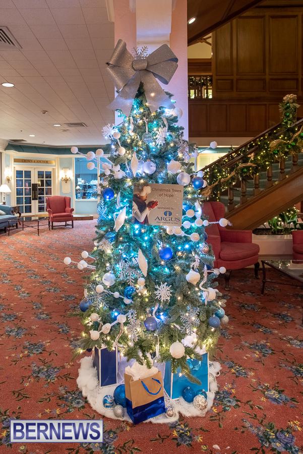 Fairmont Southampton Christmas tree Bermuda Nov 2018 (5)