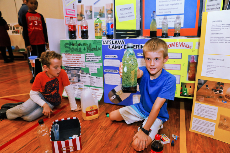 Somerset-Primary-School-Science-Fair-Bermuda-Nov-22-2018-3