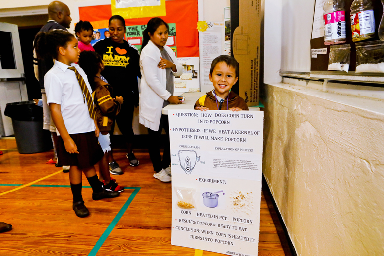 Somerset-Primary-School-Science-Fair-Bermuda-Nov-22-2018-9