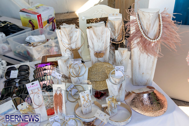 Somersfield-Academy-Peddlers-Artisans-Porch-flea-market-sale-Bermuda-November-3-2018-3764