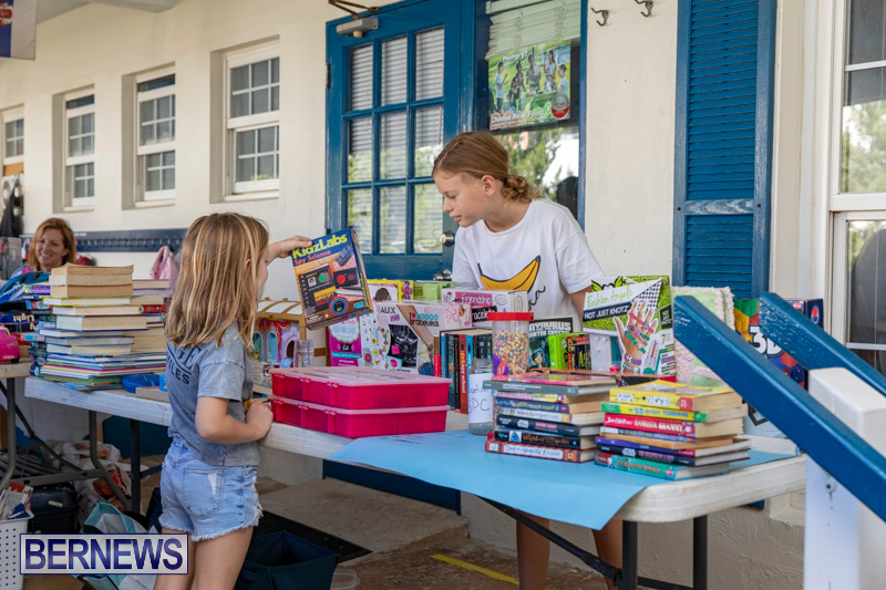 Somersfield-Academy-Peddlers-Artisans-Porch-flea-market-sale-Bermuda-November-3-2018-3784