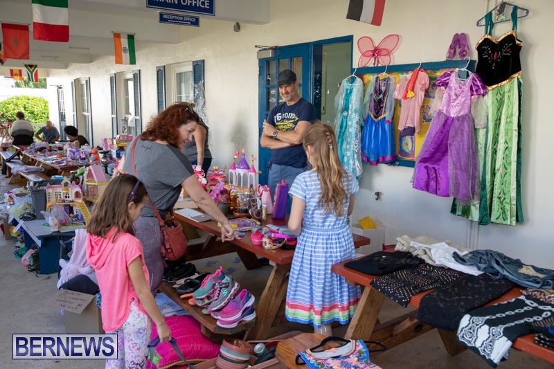 Somersfield-Academy-Peddlers-Artisans-Porch-flea-market-sale-Bermuda-November-3-2018-3791