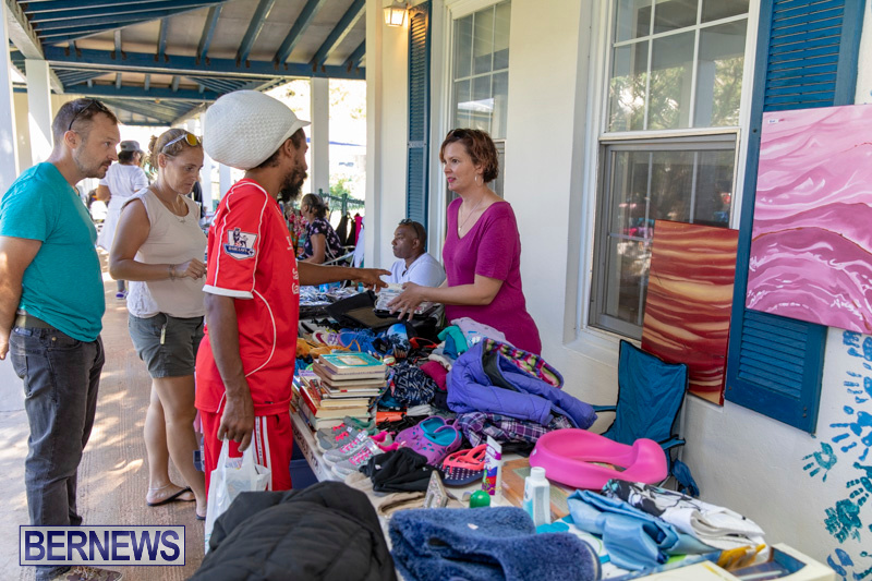 Somersfield-Academy-Peddlers-Artisans-Porch-flea-market-sale-Bermuda-November-3-2018-3801