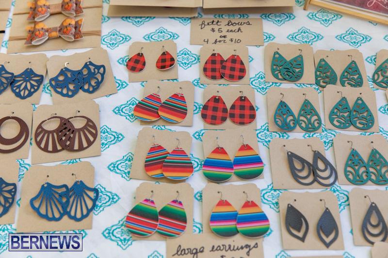 Somersfield-Academy-Peddlers-Artisans-Porch-flea-market-sale-Bermuda-November-3-2018-3835