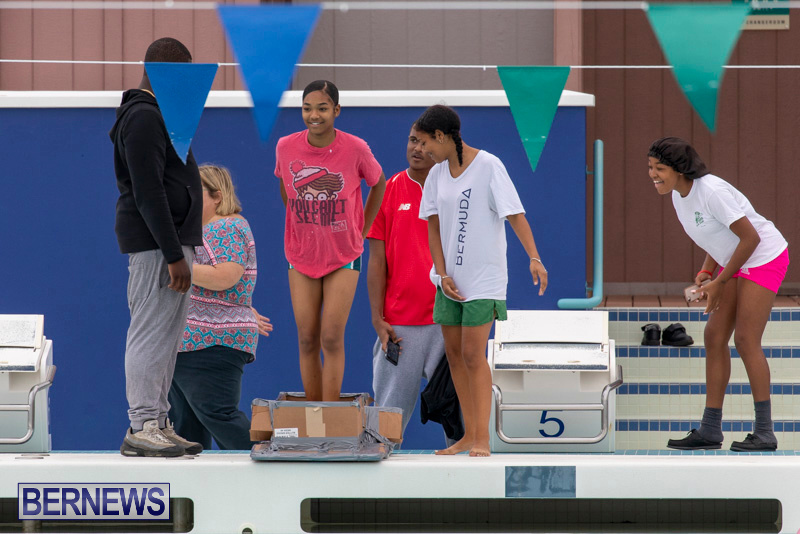 Student-Cardboard-Boat-Challenge-Bermuda-November-15-2018-8514