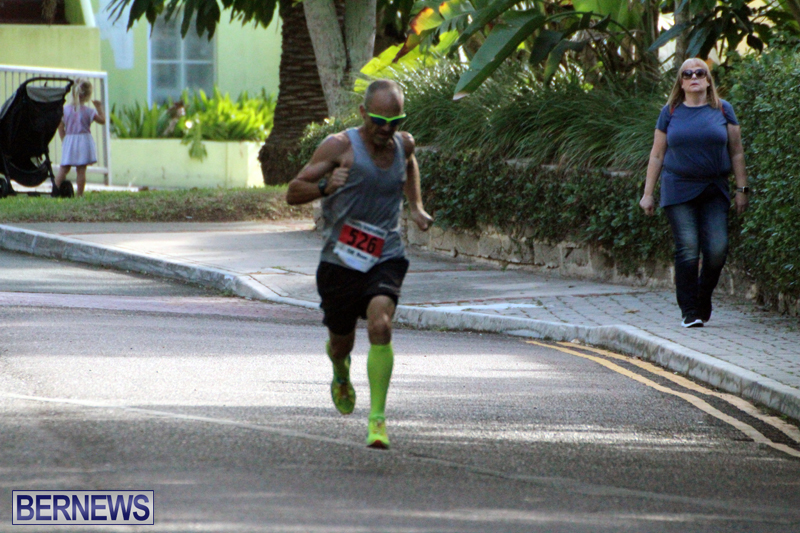 road-running-Bermuda-Nov-7-2018-2
