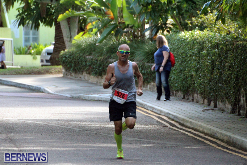 road-running-Bermuda-Nov-7-2018-3