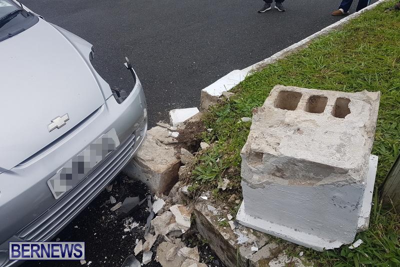 Car Collision Cobbs Hill Road Bermuda, December 22 2018 (5)