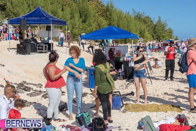 Christmas-Day-Bermuda-at-Elbow-Bay-Beach-2018-DF-14