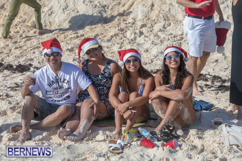 Christmas-Day-Bermuda-at-Elbow-Bay-Beach-2018-DF-22