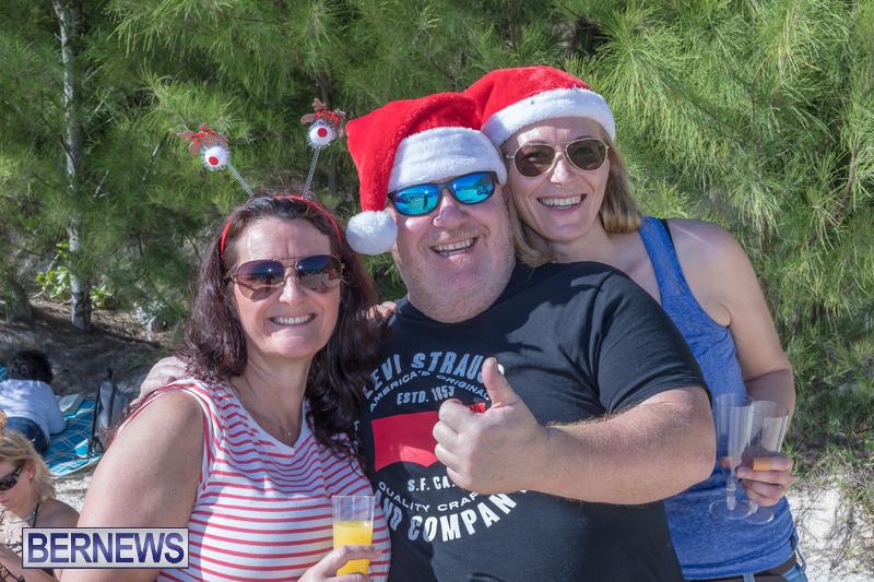 Christmas-Day-Bermuda-at-Elbow-Bay-Beach-2018-DF-32