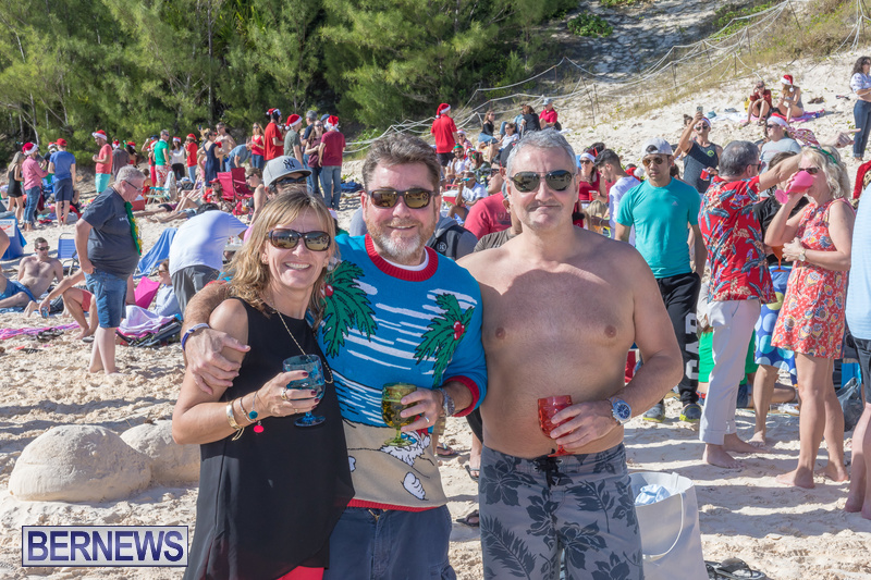 Christmas-Day-Bermuda-at-Elbow-Bay-Beach-2018-DF-37