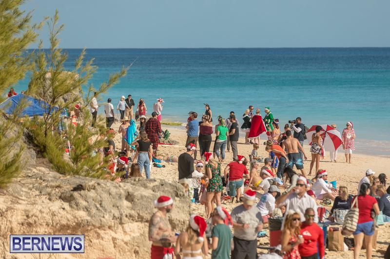 Christmas-Day-Bermuda-at-Elbow-Bay-Beach-2018-DF-41