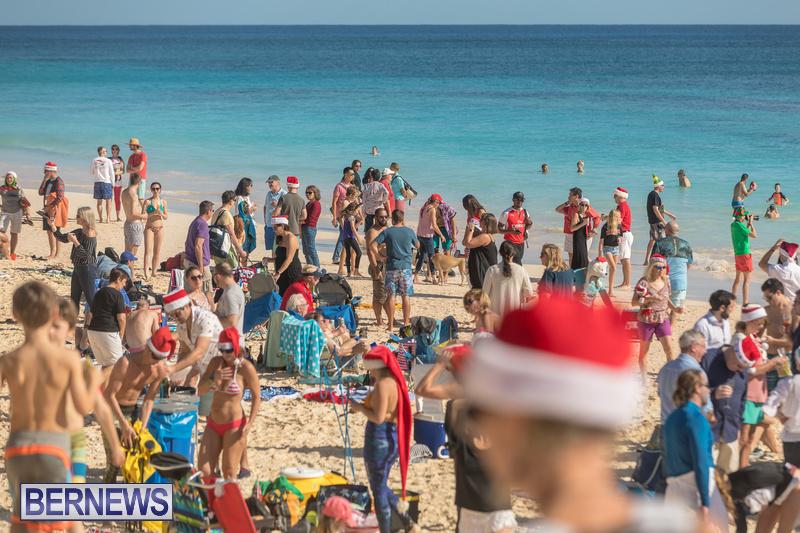 Christmas-Day-Bermuda-at-Elbow-Bay-Beach-2018-DF-42
