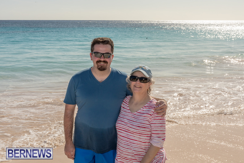 Christmas-Day-Bermuda-at-Elbow-Bay-Beach-2018-DF-44