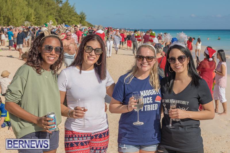 Christmas-Day-Bermuda-at-Elbow-Bay-Beach-2018-DF-46