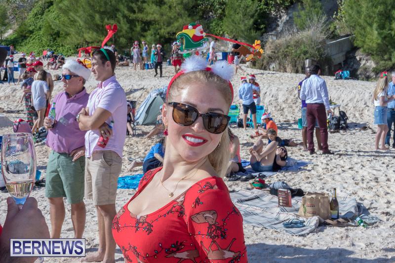 Christmas-Day-Bermuda-at-Elbow-Bay-Beach-2018-DF-8