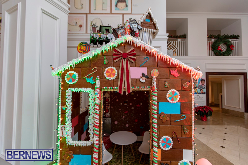 Gingerbread-House-and-Christmas-tree-Hamilton-Princess-Beach-Club-Bermuda-December-3-2018-2982