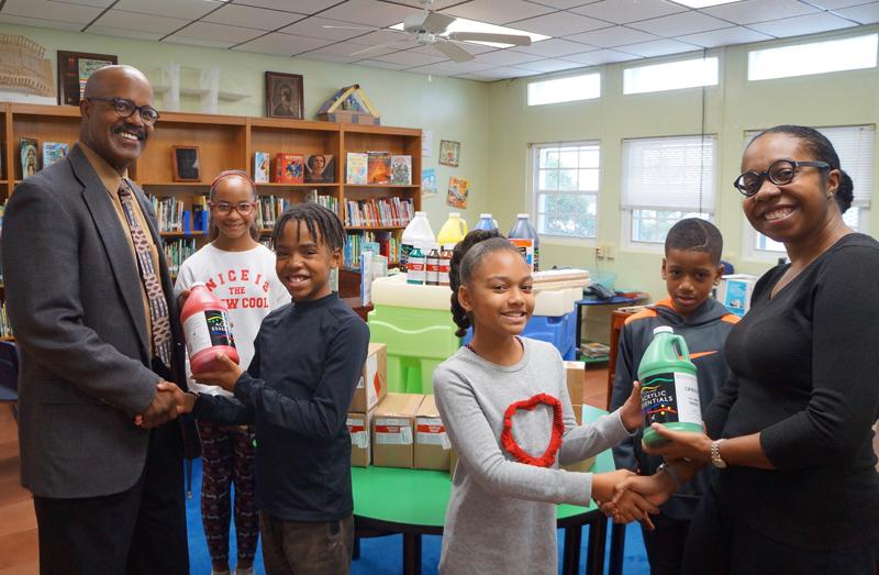 SPS Marsden Delivery of School Supplies Bermuda Dec 2018