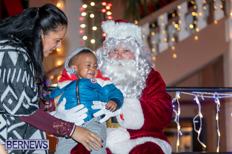Santa-Claus-visits-St.-George's-Bermuda-December-1-2018-2272
