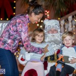 Santa Claus visits St. George's Bermuda, December 1 2018-2302